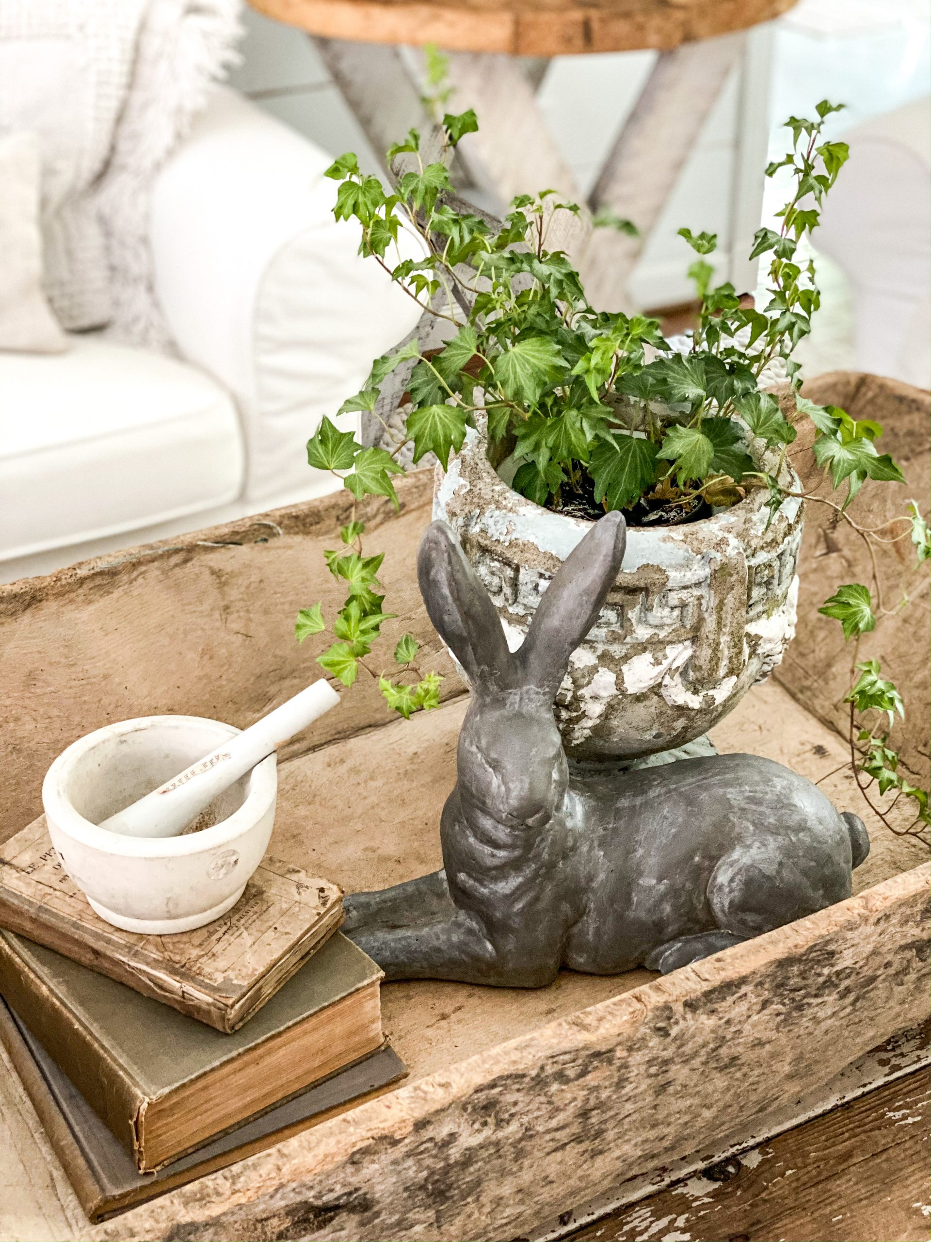 Decorating for Easter with Neutrals