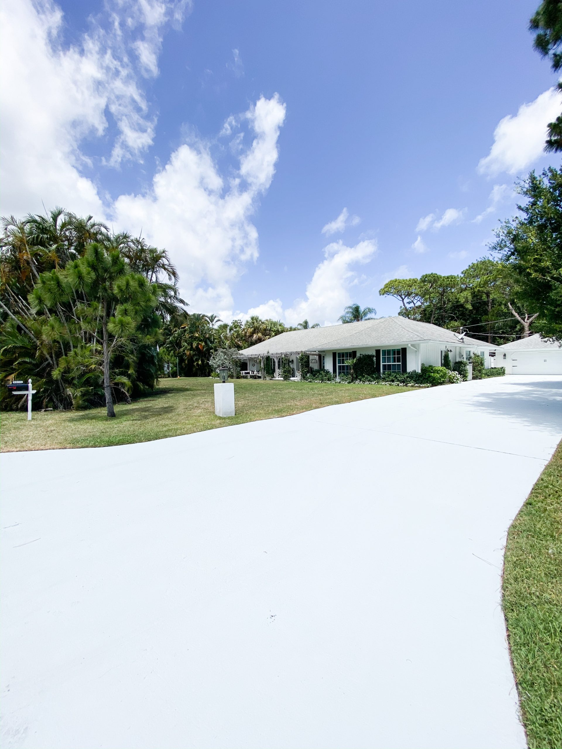 Beautiful Driveway DIY for Affordable Curb Appeal