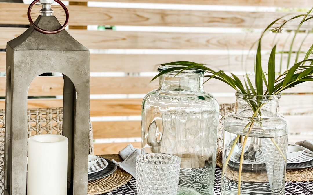 How to Create an Outdoor Dining Room
