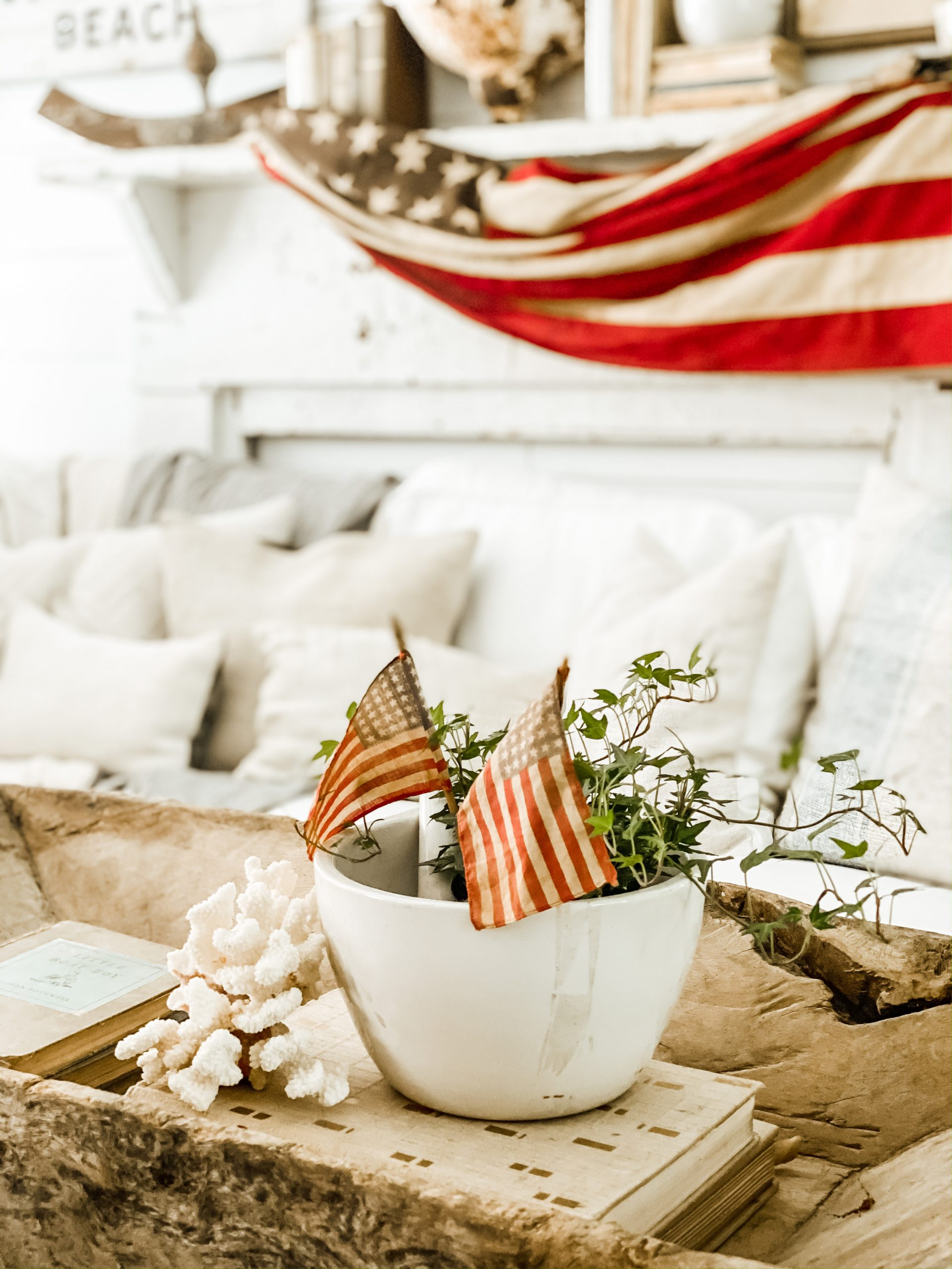 Patriotic Vintage Decor Made Simple and Easy
