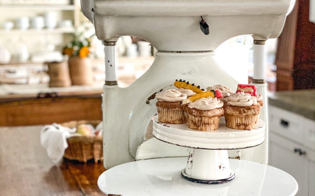 Apple Cinnamon Sugar Cupcakes